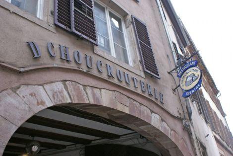La Choucrouterie, malgré sa renommée, est bien discrète dans le quartier Finkwiller
