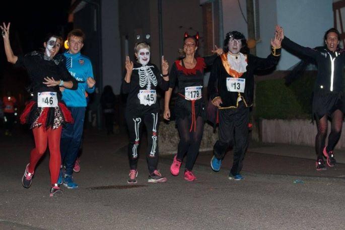 La course La Froussarde, une épreuve sportive déguisée dans les rues de Soufflenheim