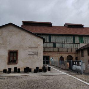 La Grande Place, musée et site de production de cristal lorrain