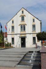 La mairie d\'Hésingue, non loin de Saint-Louis, dans le Haut-Rhin