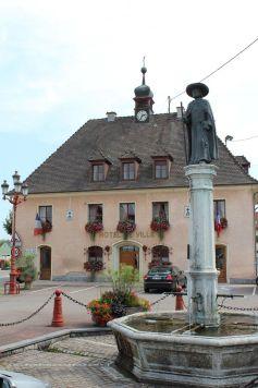 L\'Hôtel de Ville de Blotzheim dans le Haut-Rhin