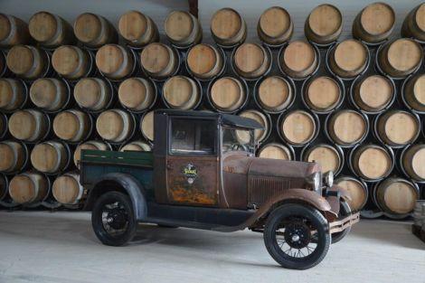 Des chais exposés à la Maison du Distillateur à Chatenois