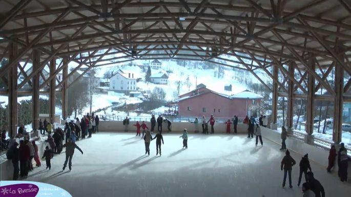 La patinoire ouverte de La Bresse
