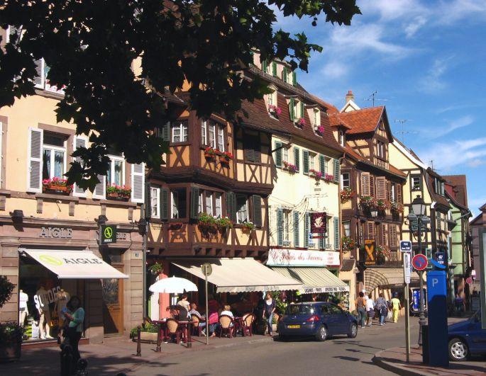 La place Jeanne d'Arc à Colmar