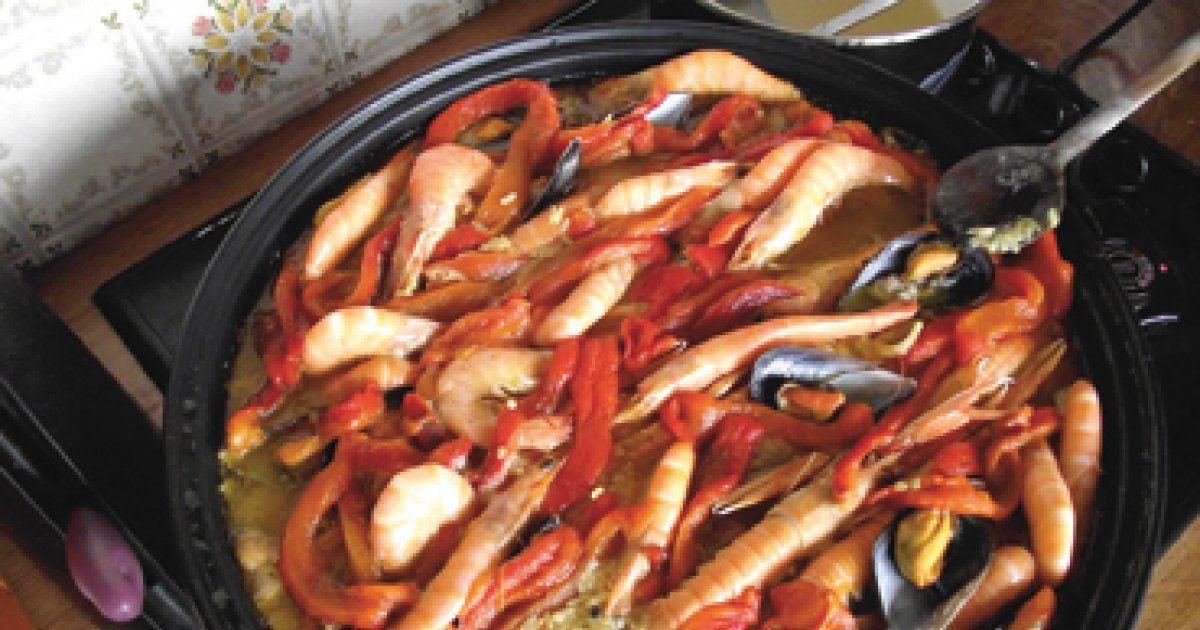 Recette de la paella pour 6 personnes un plat convivial for Plat convivial pour 6 personnes