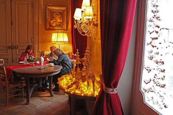 Le salon de thé est ouvert tous les après-midis sauf le lundi