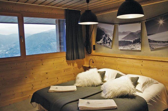 La chambre des Vosges offre une vue magnifique sur le Schnepfenried en face