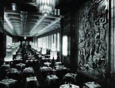 Salle à manger de la 1re classe du paquebot Normandie