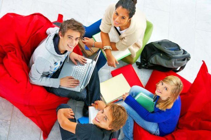 Des étudiants plus épanouis grâce à l\'alternance