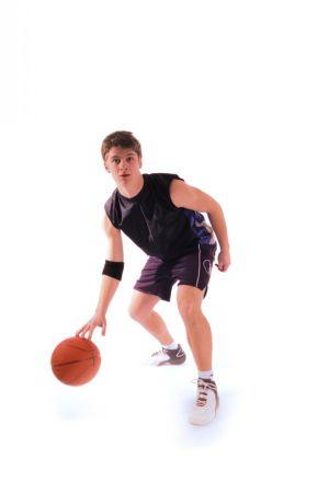 Le basket nécessite des qualités d\'adresse, de vitesse, d\'explosivité