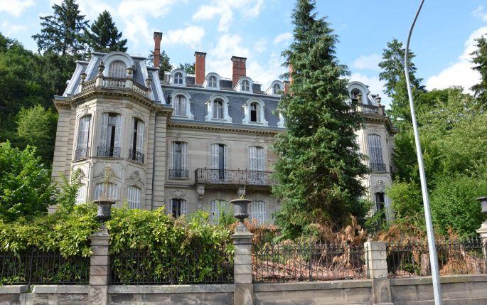 Le château Burrus à Sainte-Croix-aux-Mines