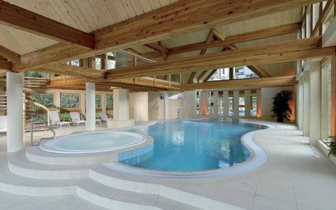 Espace piscine et jacuzzi