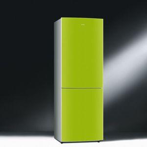 <p>Le réfrigérateur (norme A+) laqué vert de Smeg. Prix indicatif : 1999 €</p>