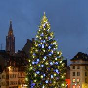 Le Grand Sapin de Noël 2021 - place Kléber à Strasbourg