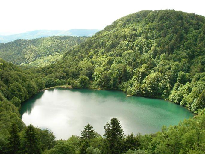 Le mystérieux lac des Perches et son histoire tragique