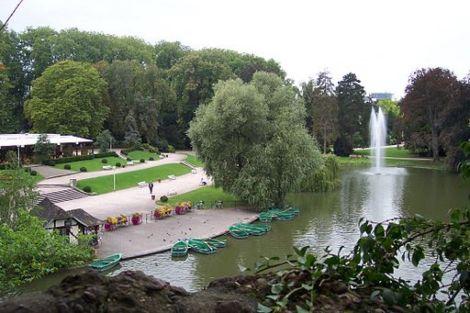 Le lac du parc de l\'Orangerie de Strasbourg