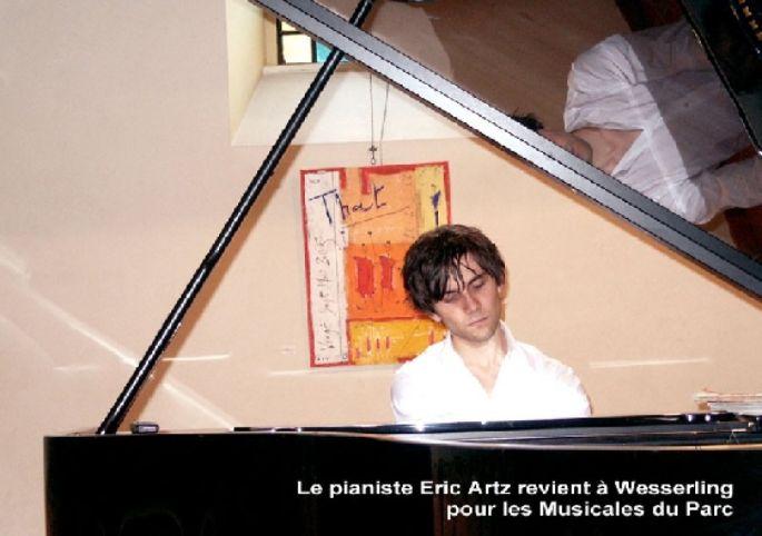 Le pianiste Eric Artz s\'est produit sur la scène du Théâtre de Poche au Parc de Wesserling dans le cadre des Musicales du Parc