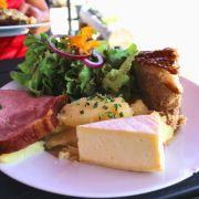 Le repas marcaire : le plat typique des fermes auberges