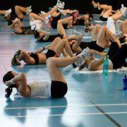 La sport dans les salles de fitness : d\'abord pour la forme et la santé
