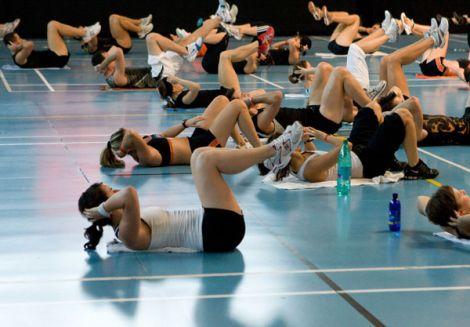 Le sport dans les salles de fitness : d\'abord pour la forme et la santé