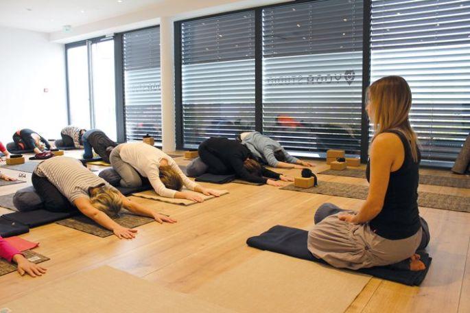 Quelques postures douces au  studio b'Yoga d'Horbourg-Wihr