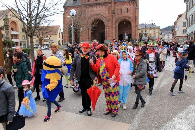 À Munster, petits et grands se déguisent pour le défilé du Carnaval !