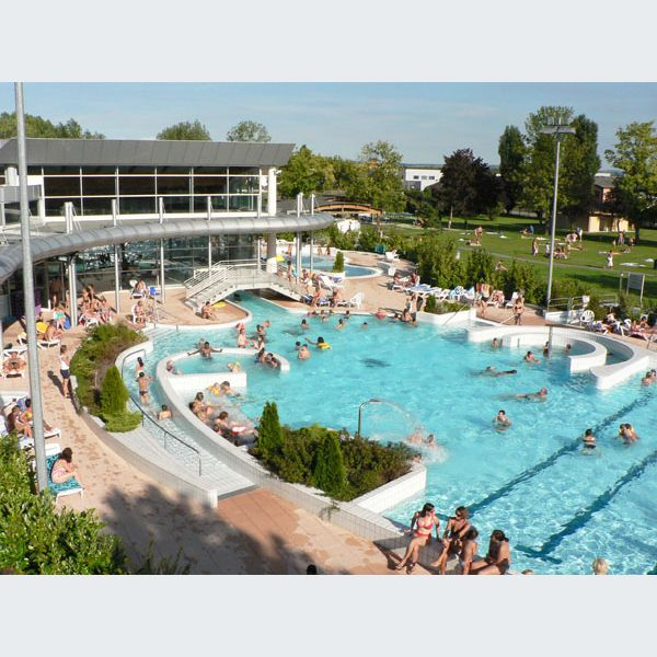Les complexes nautiques for Piscine illberg