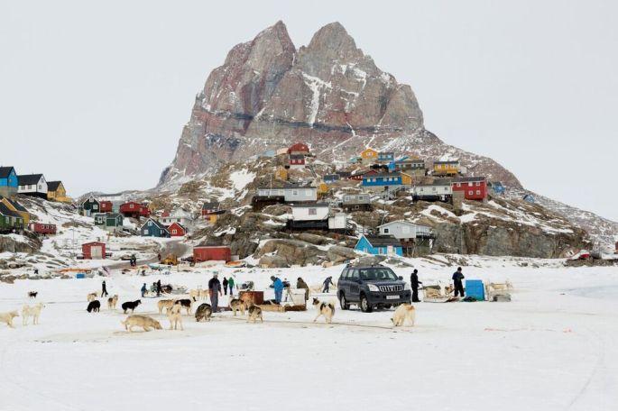 Camille Michel est partie en expédition à Uummannaq au Groenland pour dresser le portrait d\'un pays en pleine transformation