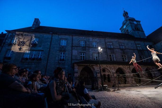 Les spectacles en plein air du festival Les Pluralies