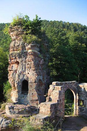 Les salles troglodytiques du château de Froensbourg sont d\'un grand intérêt