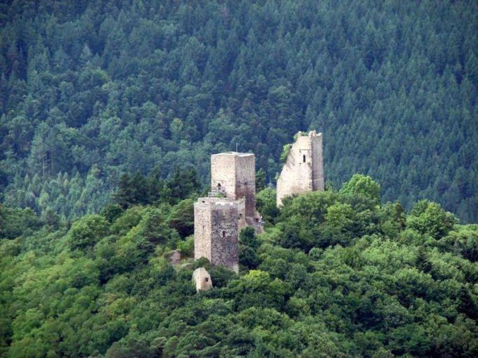 Vue sur les 3 château d\'Eguisheim