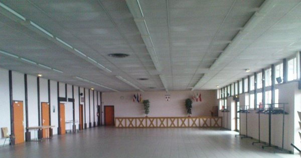 salle des pr 233 s du ch 226 teau courtavon salle 224 louer