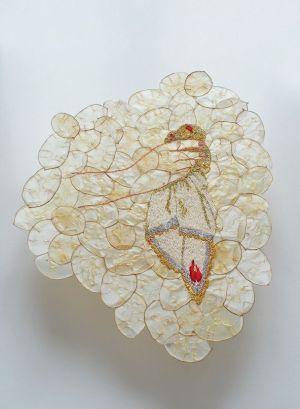 Lux-Lumen (2014), Broderies sur monnaie du pape, plexiglas - 50 cm x 40 cm