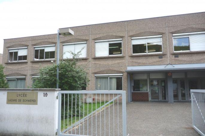 Lycée polyvalent Lazare de Schwendi
