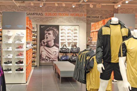 Des centaines de produits Nike moins chers sont au Nike Factory Store de Mulhouse !
