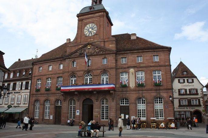 Mairie d\'Oberhoffen-lès-Wissembourg