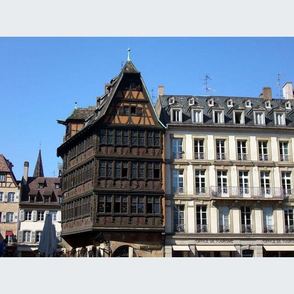 Maison kammerzell strasbourg restaurant alsacien et winstub for Maison de l emploi strasbourg