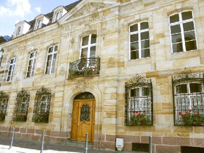 maison mulhouse great photo maison de retraite bethesda ehpad maison de retraite mulhouse with. Black Bedroom Furniture Sets. Home Design Ideas