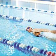 Maîtriser mon poids  grâce à la natation