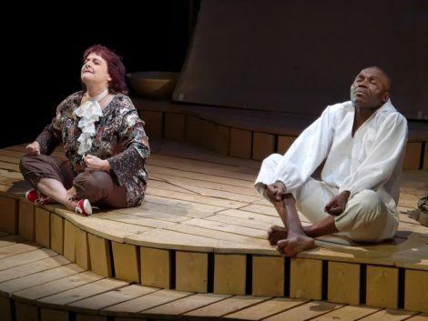 Mamie Ouate en Papoâsie par les Tréteaux de Haute Alsace (France) et le Théâtre du Chocolat (Cameroun)