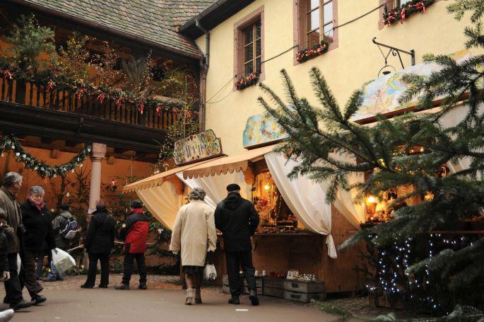 Le Marché de Noël à Kayserberg est ouvert uniquement les vendredis, samedis et dimanches