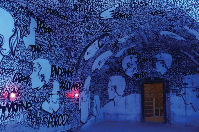 Denis Meyers s\'est inspiré des mots et des visages des habitants de Neuf-Brisach pour cette œuvre