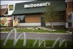 Depuis 2010, le logo de McDonald\'s et les restaurants se sont parés de vert!