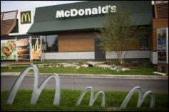 Depuis 2010, le logo de McDonald\'s et les restaurants se sont parés de vert !
