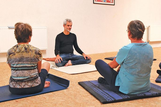 Le programme MBSR (Mindfulness-Based Stress Reduction)comporte 8 séances hebdomadaires