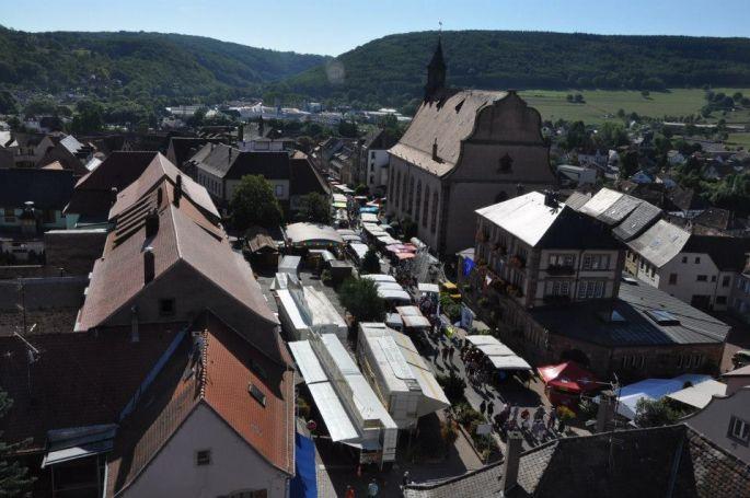 Le marché annuel de Wasselonne pendant le Messti