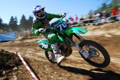 Le motocross est un sport à sensation plutôt salissant.