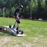 Mountain board : un nouveau sport de glisse en montagne