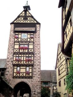 La beffroi du Musée du Dolder à Riquewihr