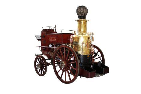 Un pompe à vapeur que l\'on trouve au Musée du sapeur-pompier d\'Alsace
